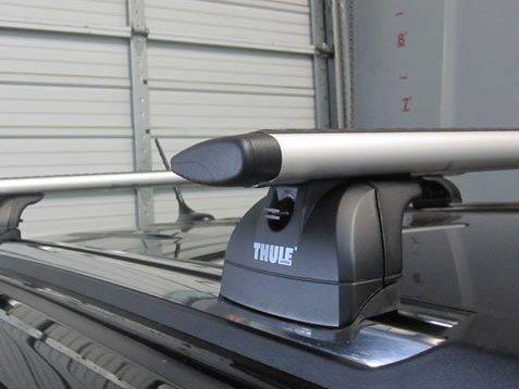 Багажник на крышу Jeep Grand Cherokee (5-dr SUV 2011-...), Thule, аэродинамическая дуга WingBar