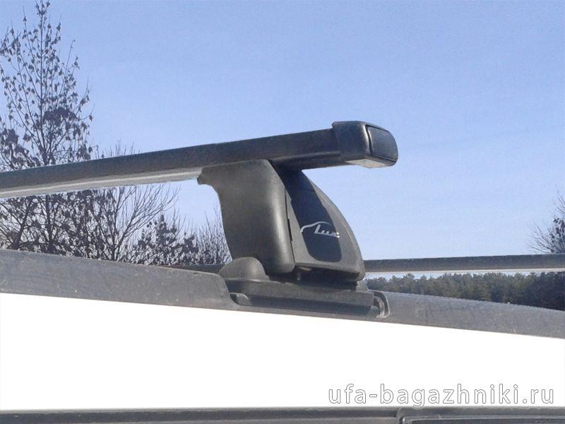 Багажник на крышу Nissan X-Trail (T30,31), Lux, стальные прямоугольные дуги